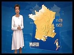 Зрелая ведущая погоды на французском телевидении