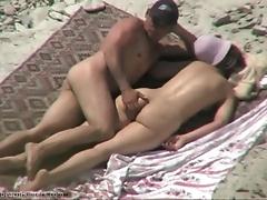 Более крутого развлечения для пляжа и выдумать сложно